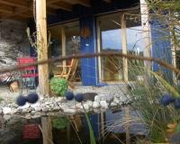 garten-terrasse-vor-dem-atelier-u-weiher
